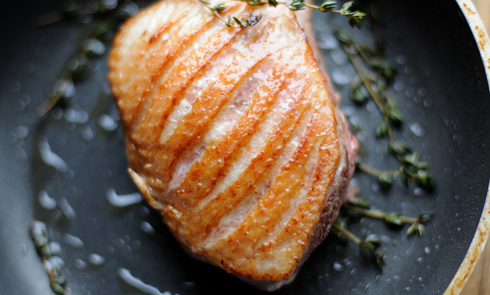 How to score a duck breast