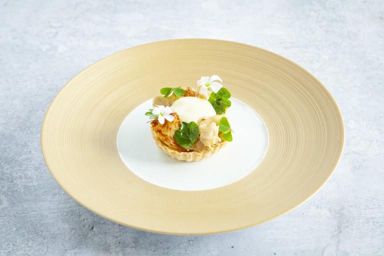 Cauliflower and Le Gruyère AOP tartlets