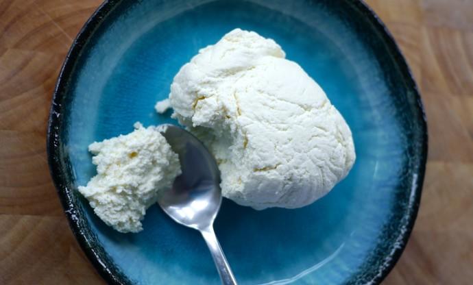 How to make homemade ricotta cheese