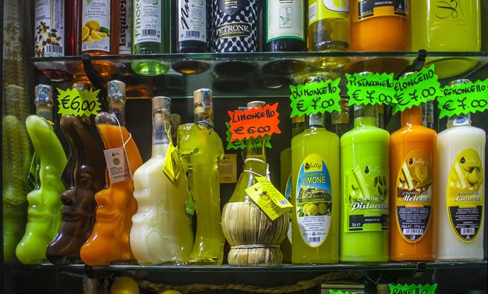 Abruzzo's local amari and liqueurs