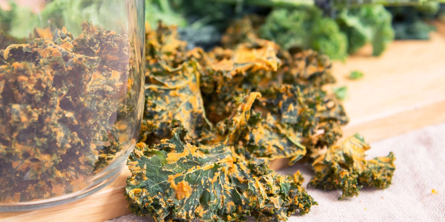 Smokey chipotle kale crisps