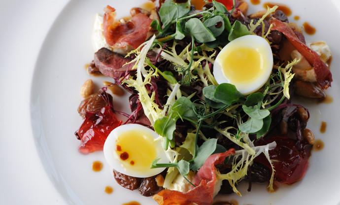 Wood pigeon salad