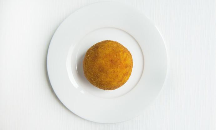 Ricotta-filled arancino
