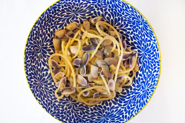 Spaghetti alla telline - spaghetti with wedge clams