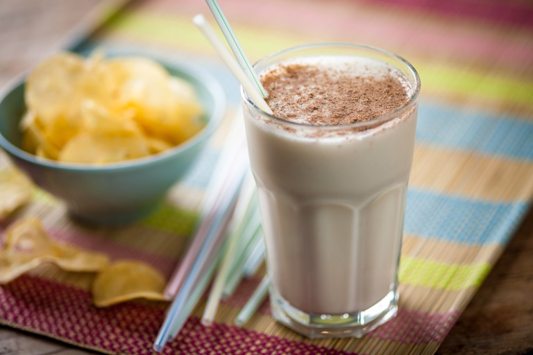 Winter-spiced banana smoothie