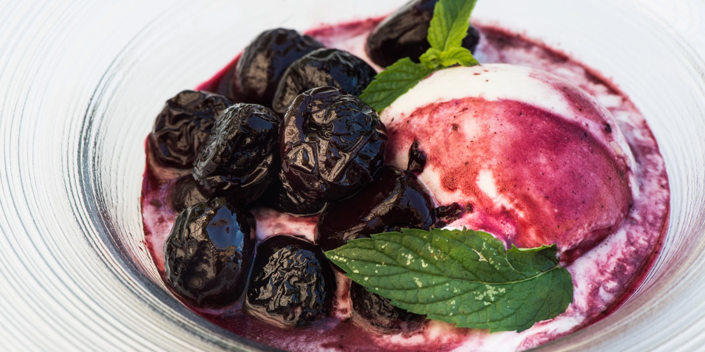 Spiced red wine cherries