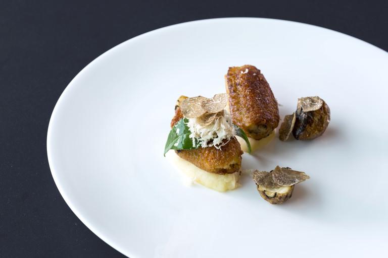 Stuffed chicken wing, chestnut cream, chervil root and perigord truffle