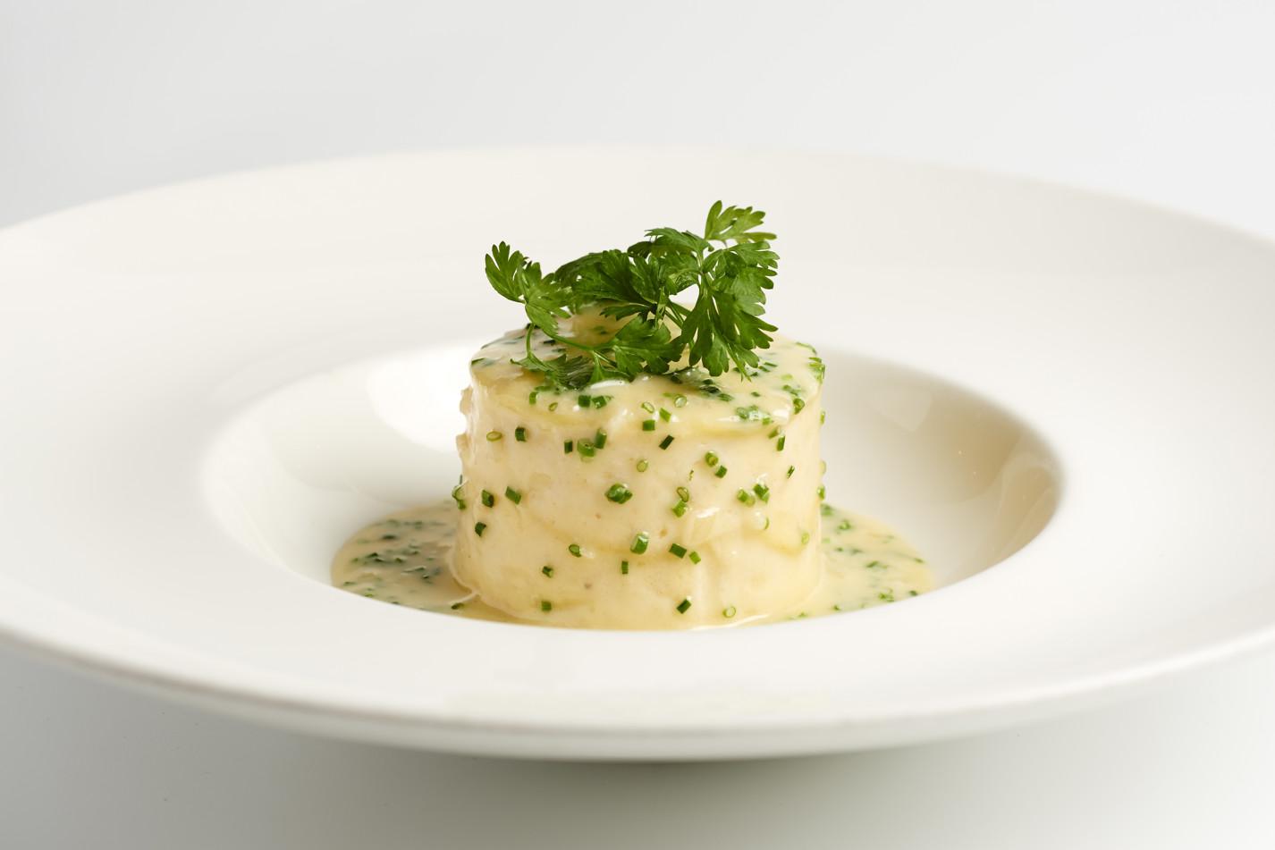 Lasagne of crab with beurre nantais
