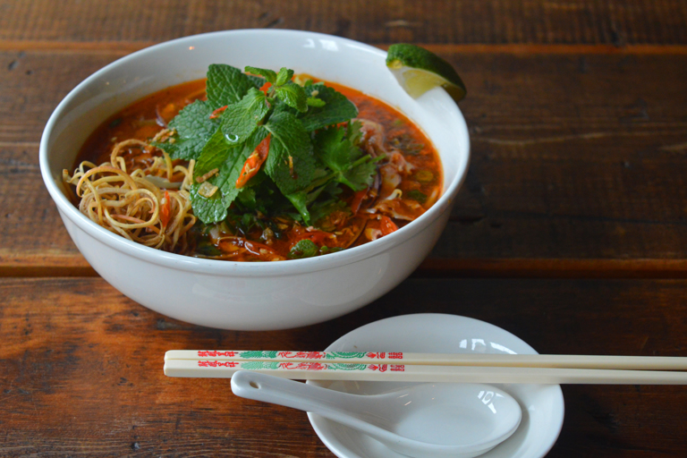 Bún bò Huế recipe - Image Copyright Kaleem Hayder
