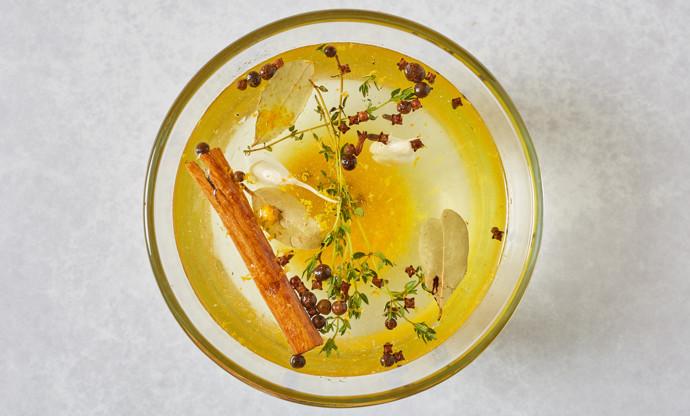 Spiced festive brine for turkey or pork