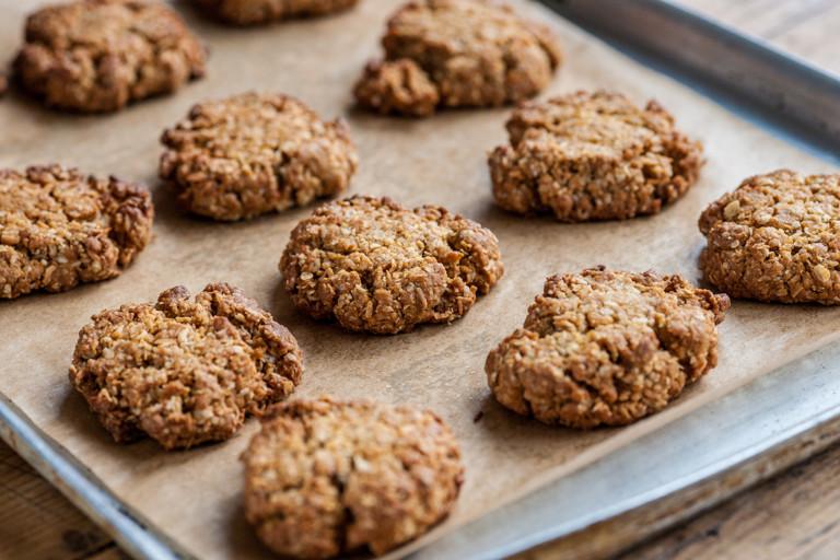 Coconut cookie crumble
