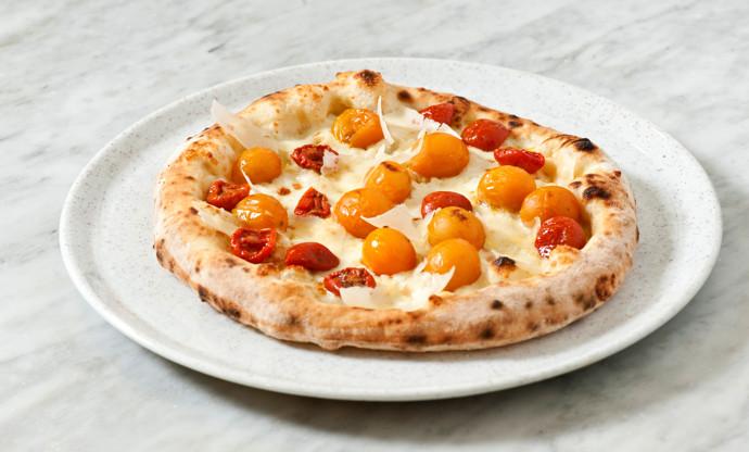 'Tomato whim' - cherry tomato pizza