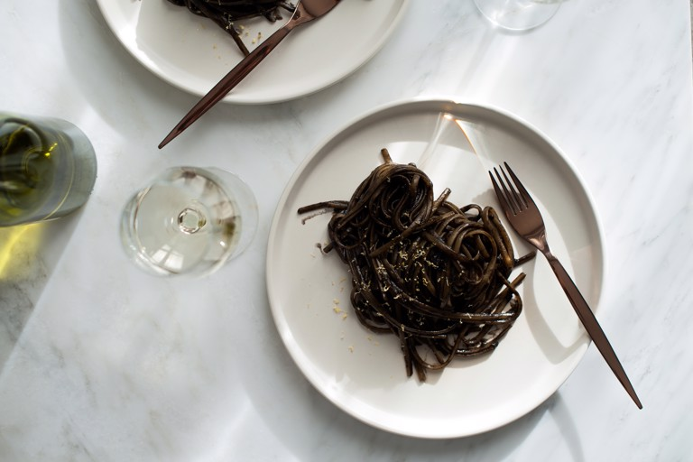 Linguine with squid ink sauce and lemon