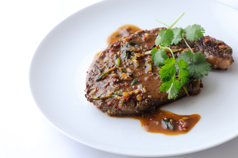 Rib-eye of beef with soy and spice