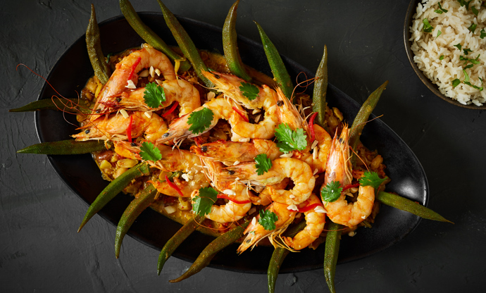 Caril de camarão com quiabos – Macanese curried prawns and okra