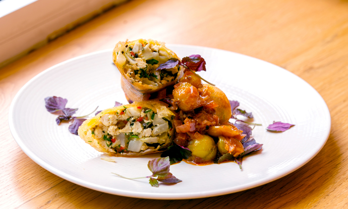 Brick pastry parcels stuffed with tofu, lemongrass and fennel