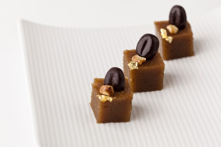 Coffee-walnut semolina squares