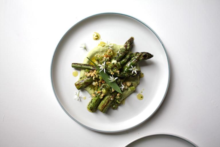 Grilled Asparagus, Wild Garlic & White Bean Hummus, Spring Onion & Hazelnut Pesto