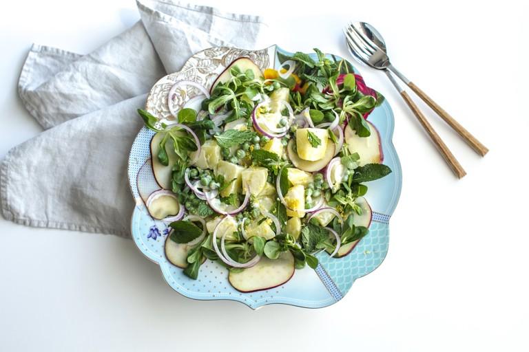 Garden potato salad with yoghurt dressing