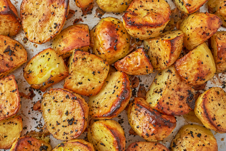 Urfa chilli and garlic roast potatoes