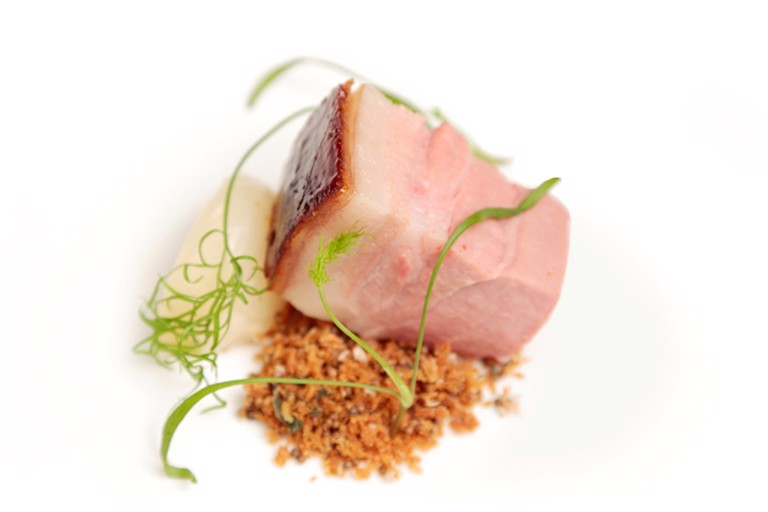 Best end of pork with fennel and apple