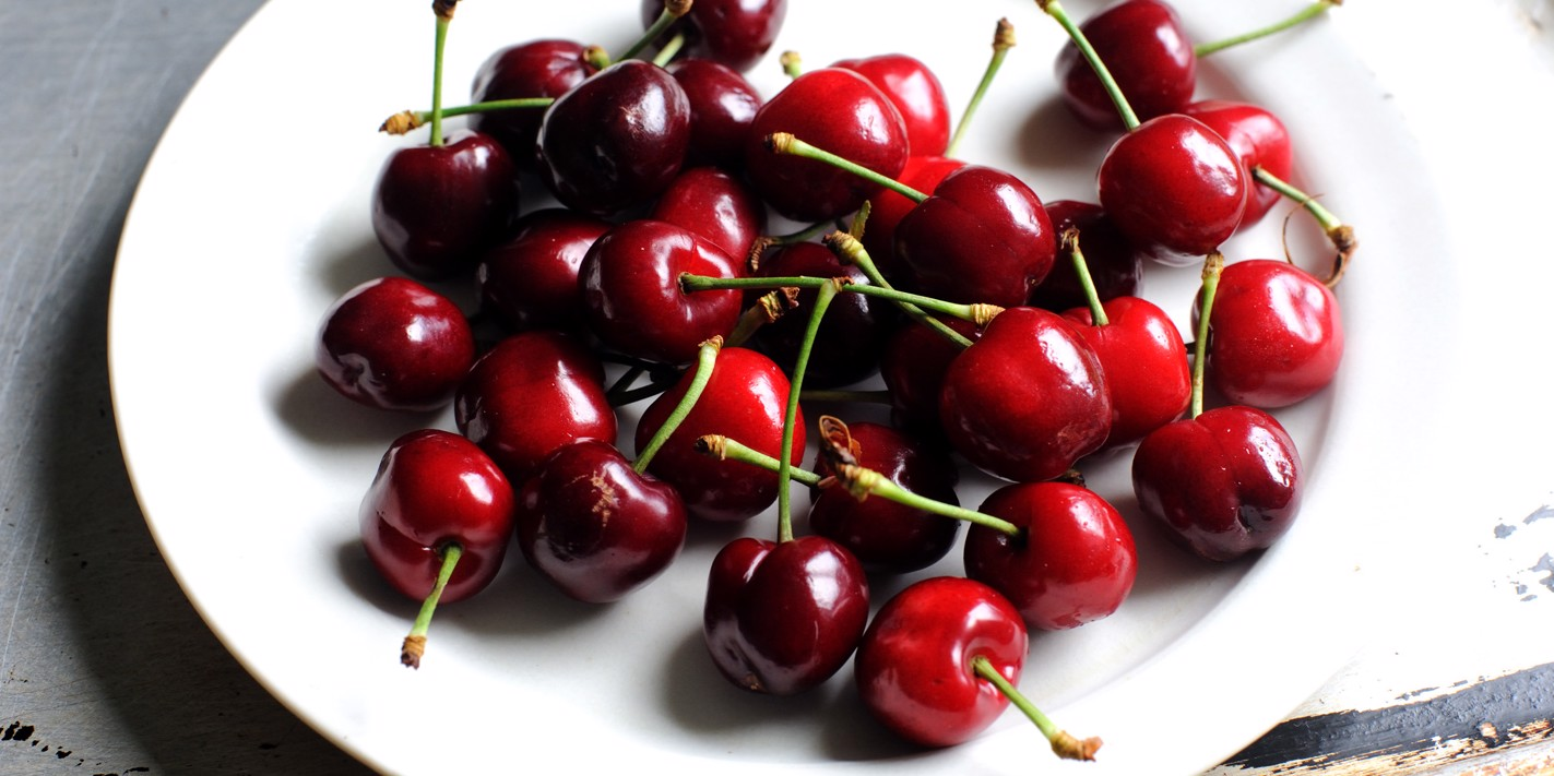 How to cook with cherries