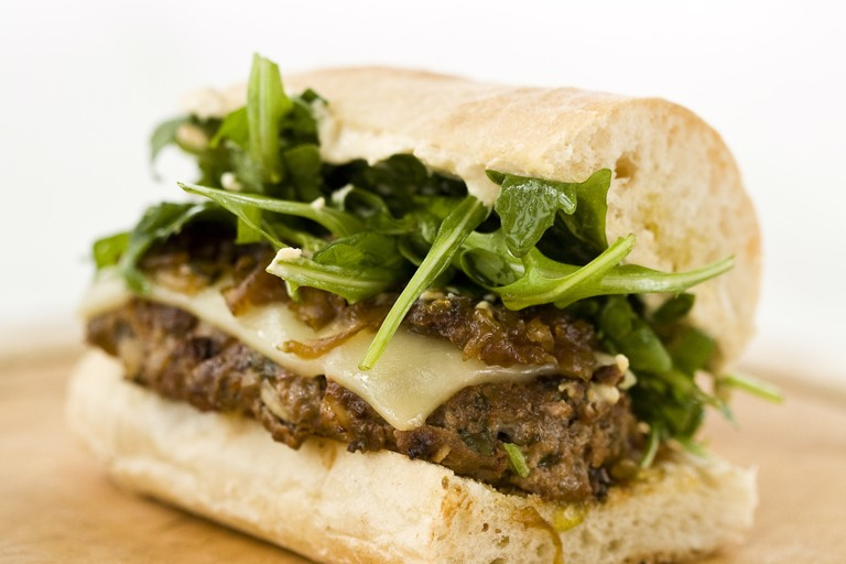 Cheeseburger with caramelised onions