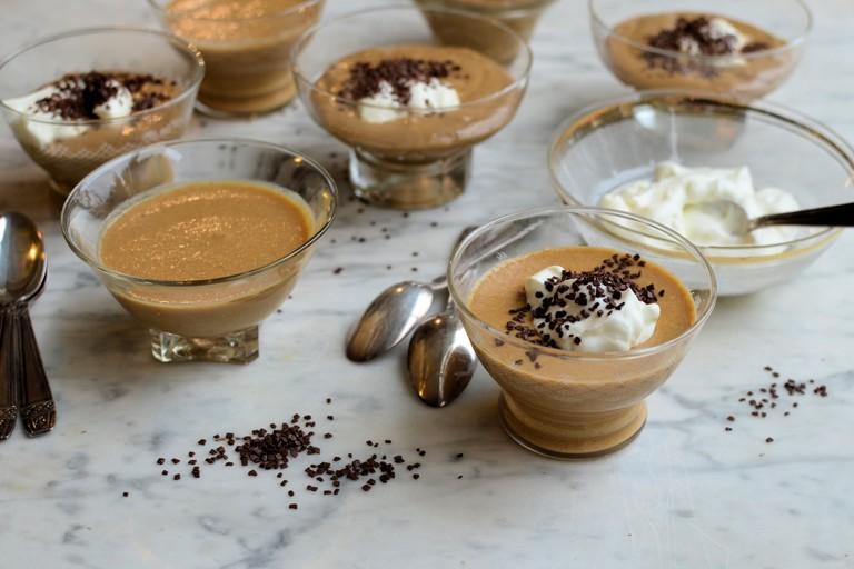 Little coffee mousse pots