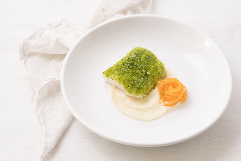 Cod with herb crust with parsnip puree