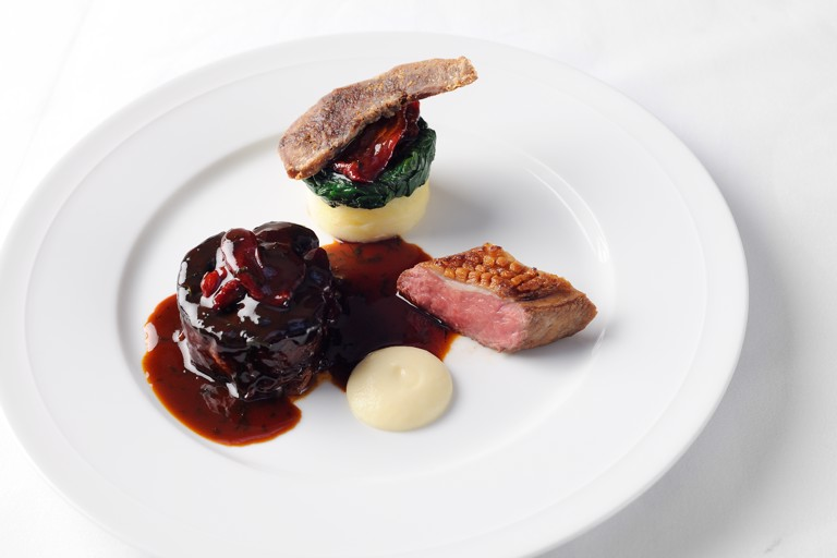 Assiette of Lune Valley lamb with garlic purée