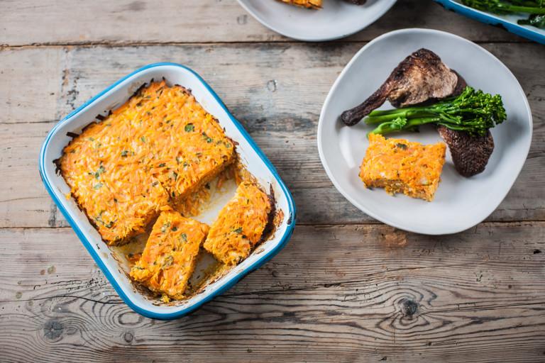 Cheesy carrot bake