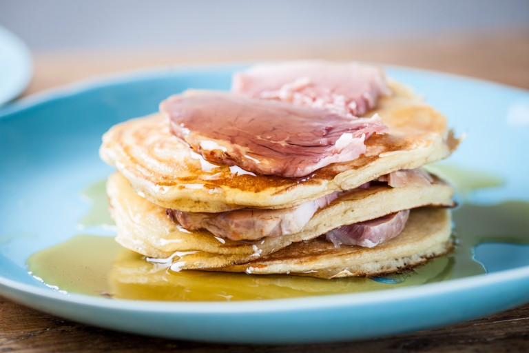 Pancakes with roast ham and maple syrup