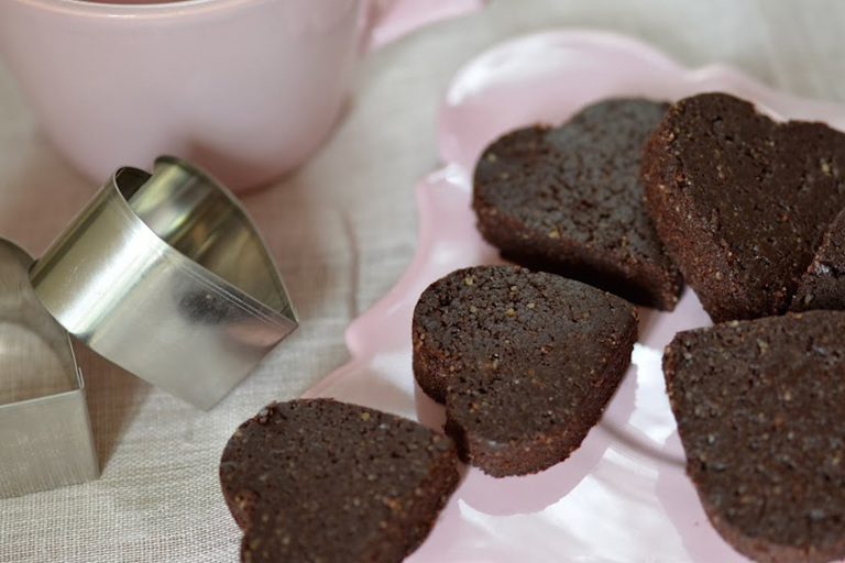 Raw Chocolate Brownie Hearts