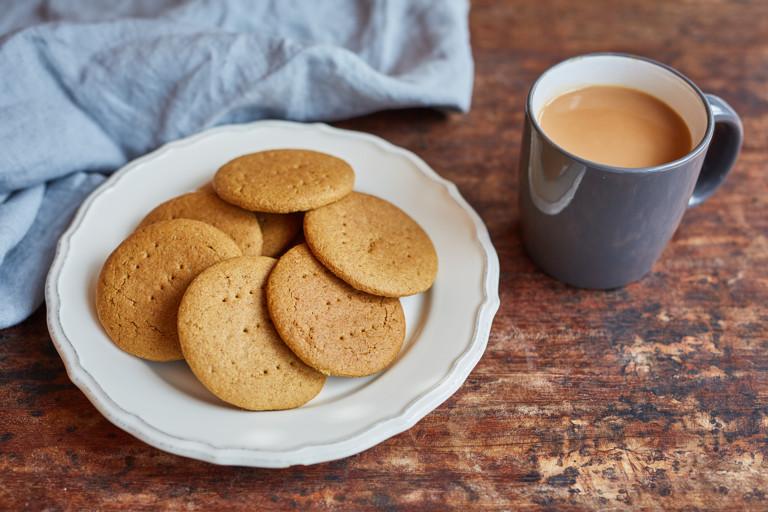 Einkorn flour digestive biscuits