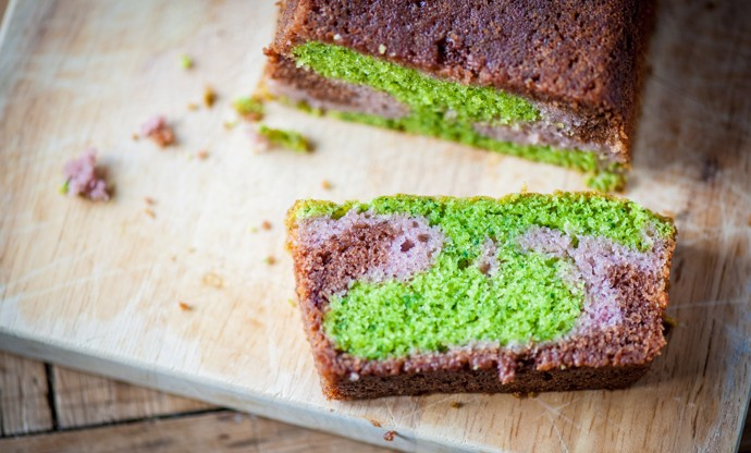 Three-colour cake