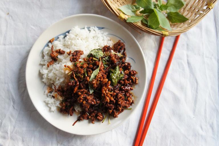 Stir-fried minced pork with Thai basil and chilli oil