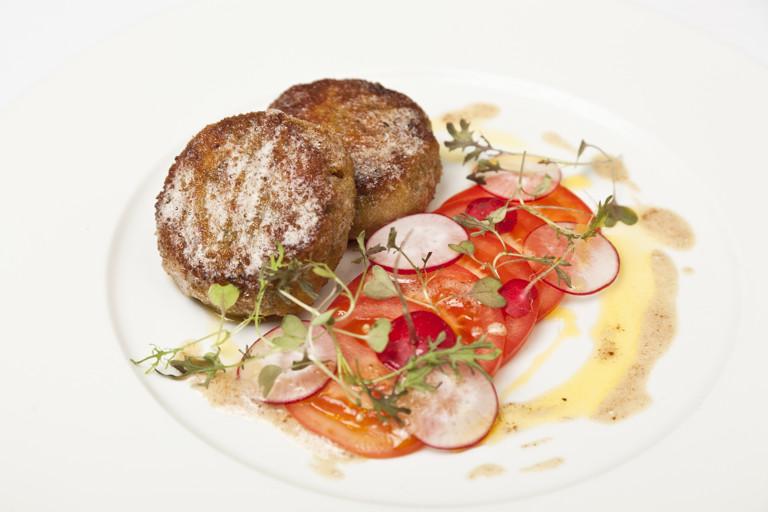 Crisp shrimp risotto cakes with tomato and radish salad
