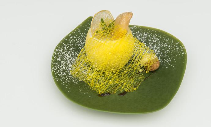 'Concert of lemon flavours and fragrances' - beignets with lemon cream