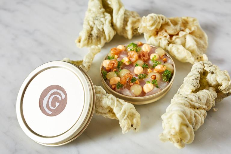 Stone bass tartare with lemon, shrimp mayo and seaweed crackers