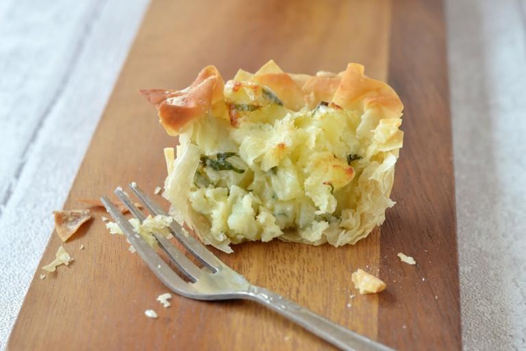 Mini filo homity pies