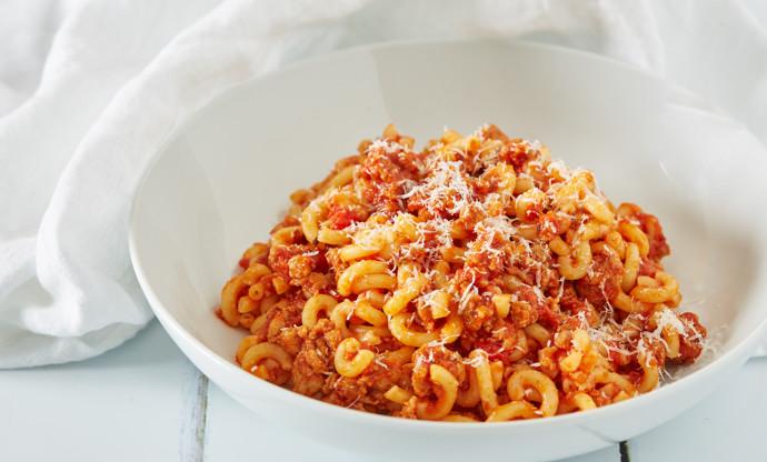 Gramigna al ragù di salsiccia (gramigna pasta with sausage ragu)
